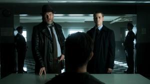 Gotham.S01E04_snapshot_16.01_[2014.10.19_14.11.36]